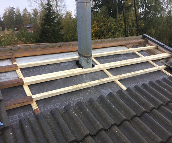 Omakotitalon katon huolto ja korjaus